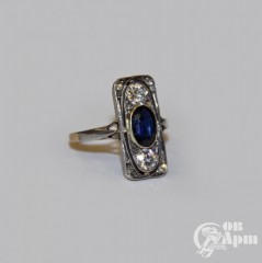 Кольцо с бриллиантами и сапфиром в стиле Ар-деко